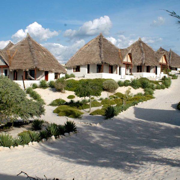 Salary Bay bungalow madagascar